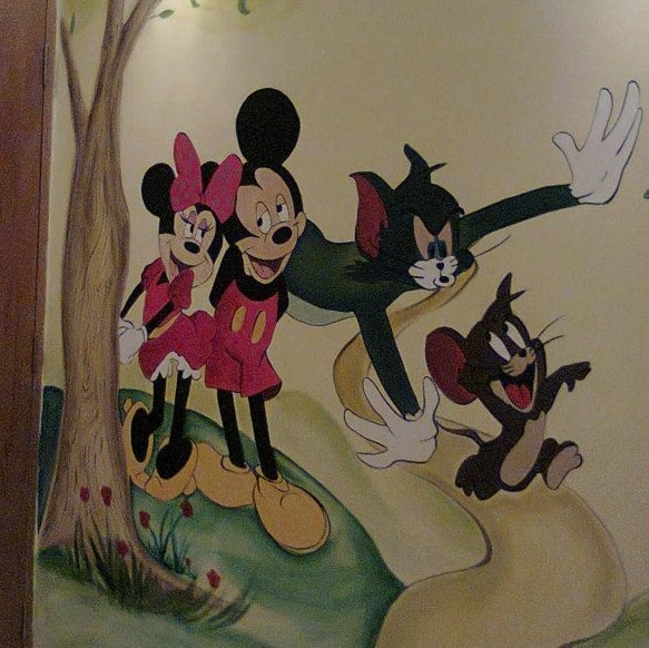 Mural painting kid dormitory with Tom and Jerry